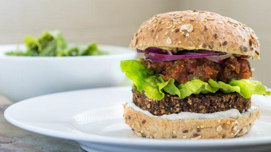 Black-Bean-and-Quinoa-Burgers