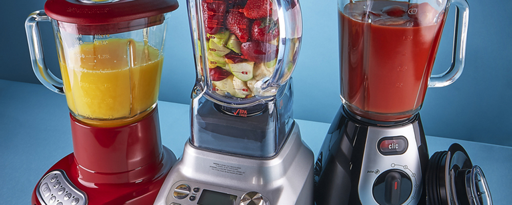 blenders with fruit and juice